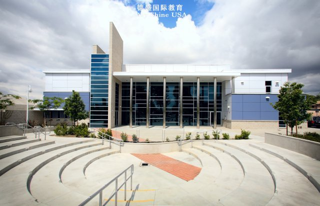 西部基督教高中(Western Christian High School)